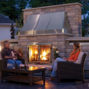 Napolean-riverside-GSS42-outdoorfireplace