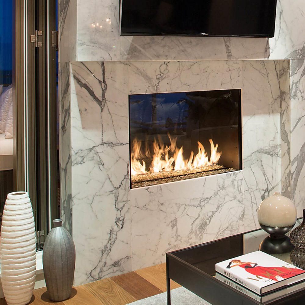 Montigo R Series Indoor-Outdoor Fireplace