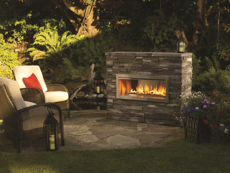 Regency Outdoor Gas Fireplace – Horizon HZO42 Outdoor Gas Fireplace